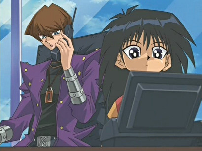 Kaiba and Mokuba talk on a video phone in episode 159
