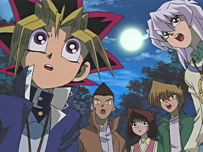Yuugi, Honda, Anzu, Jounouchi, and Bakura startled by a sound in episode 13