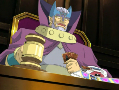 Johnson, as the Judge Man, taunting Joey during their duel in episode 104