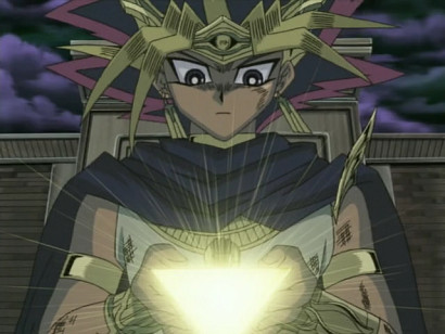 The pharaoh's Millennium Puzzle glowing in episode 216