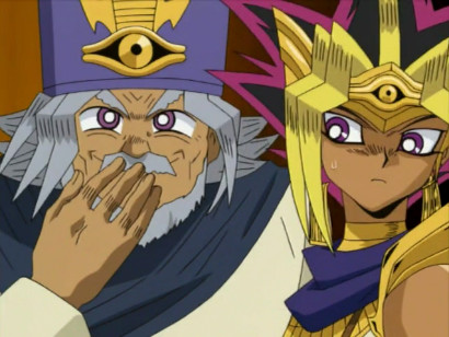 Shimon Muran chuckling while the pharaoh Atem looks on uncomfortably in episode 201