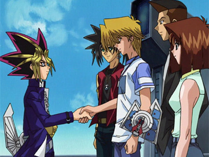 Yugi shaking hands with Joey while their friends watch in episode 135