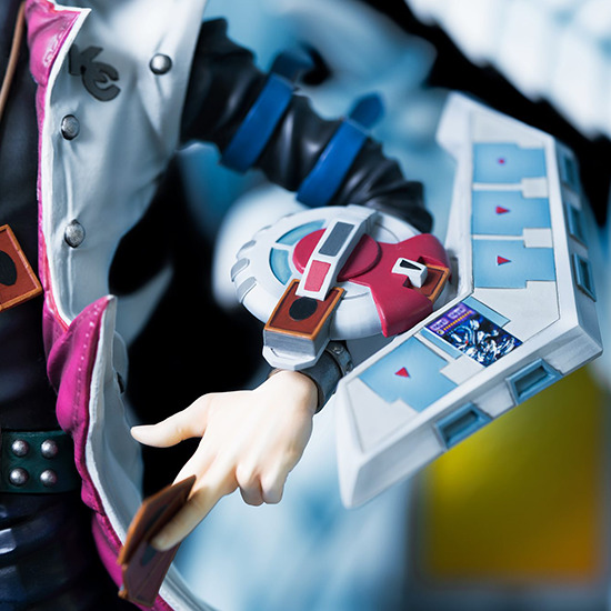 Close-up of the Duel Disk in Kitsune Statue's Seto Kaiba with Blue-Eyes Ultimate Dragon statue