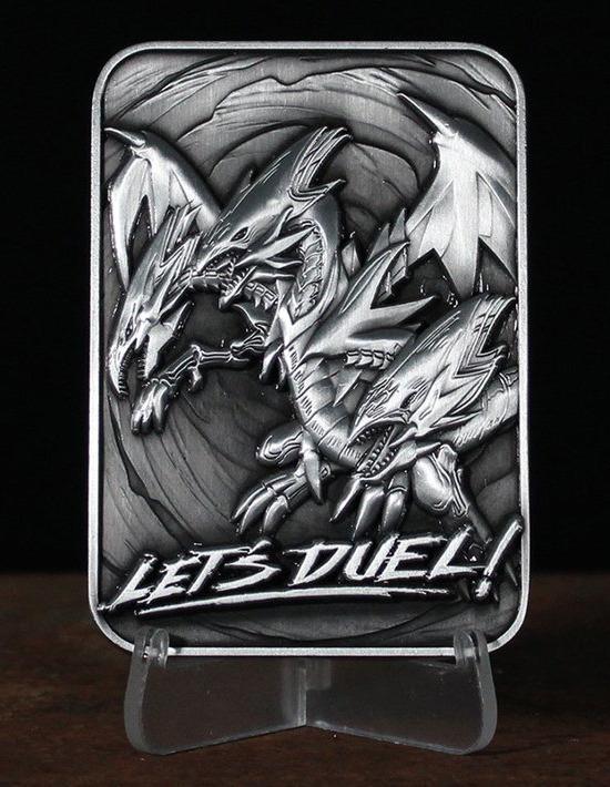 Blue-Eyes Ultimate Dragon metal card by Fanattik on a display stand